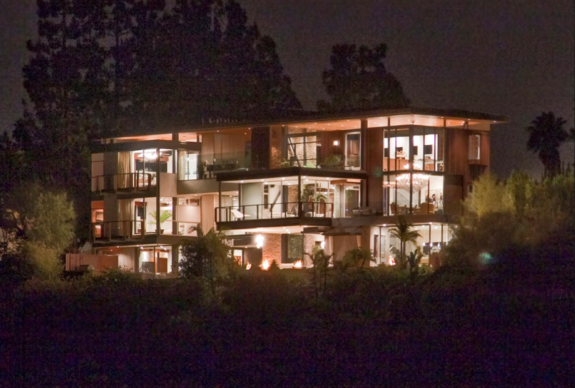 Could this be ashton kutcher 39 s new home for The look at home