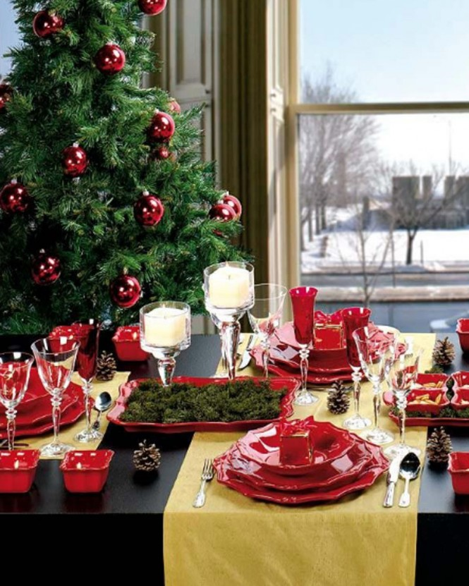 Christmas table yellow runner