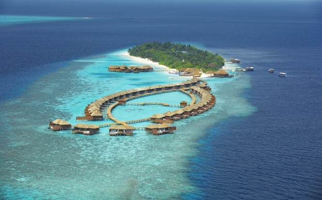maldives resort birdseye