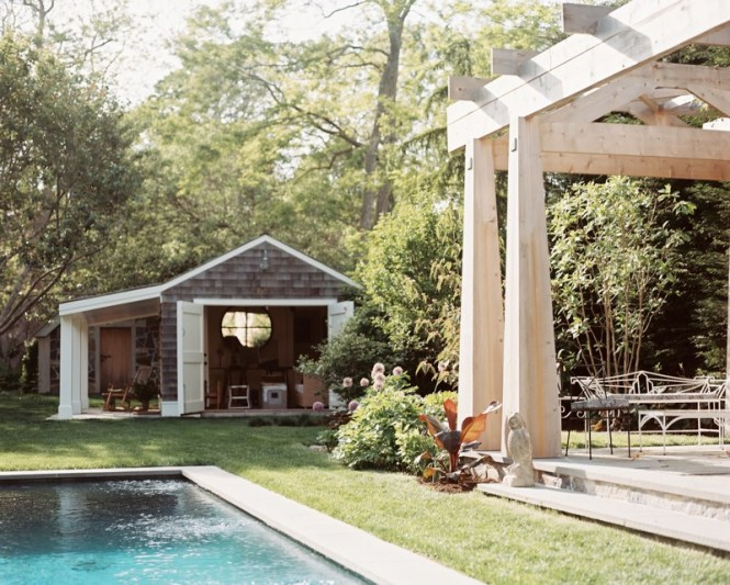 pool house 665x533 Inspirational Outdoor Spaces