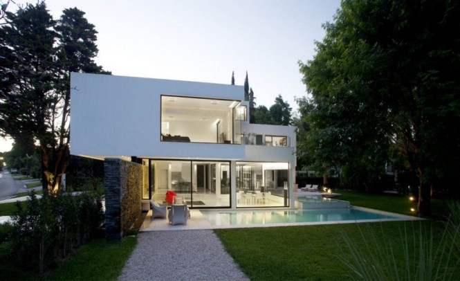 Carrara House with pool