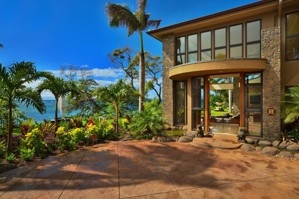 Jewel of kahana house beachside in maui hawaii for Home plans hawaii