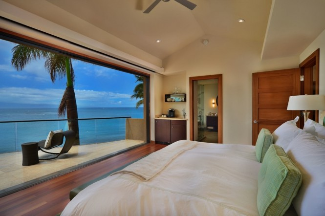 Hawaii bedroom with views