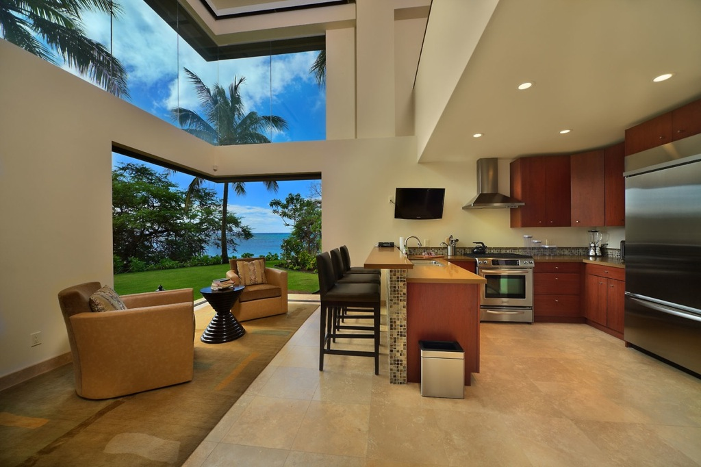 Hawaiian Style Kitchen Design - Modern Home Exteriors
