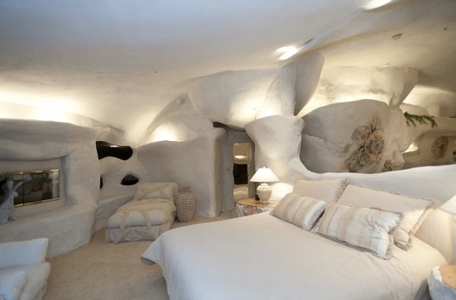 Flintstone house cave like interior design