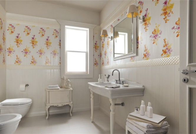 White floral traditional bathroom