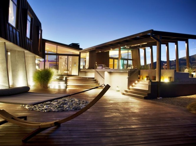 Contemporary outdoor decking