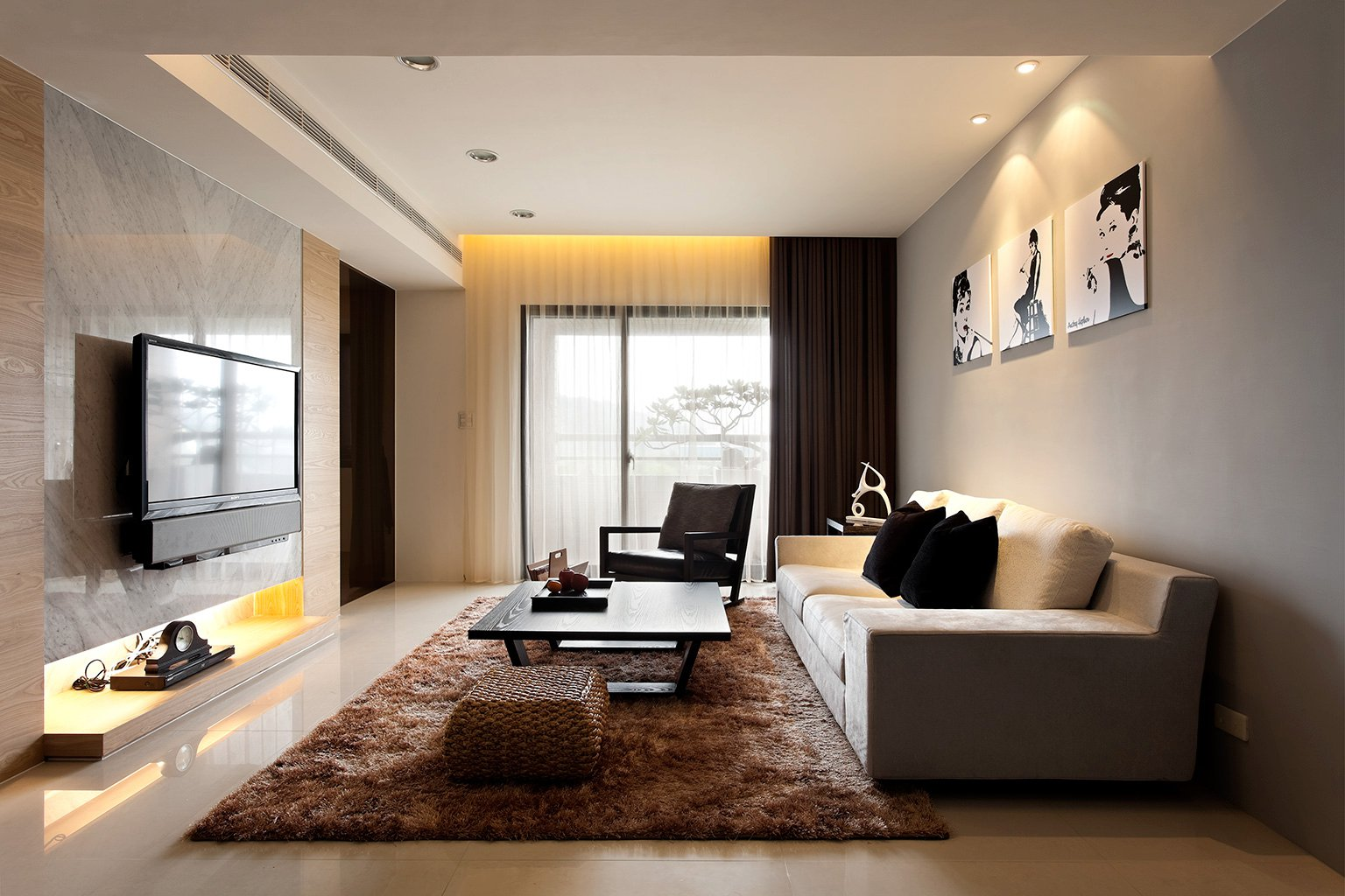 Modern minimalist decor with a homey flow for A living room design