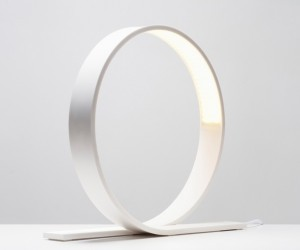 White arc  lamp