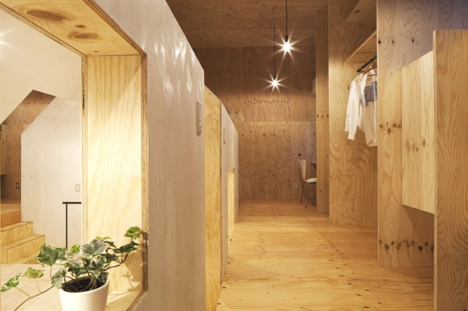 Located in Shizuoka, Japan, the ambiguous space has been created devoid of partitions to make free use of the space and enable the home dwellers to constantly see each other during daily life, which goes against the typical preconceptions of a Japanese home.