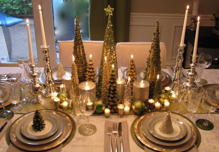 elegand christmas tablescape