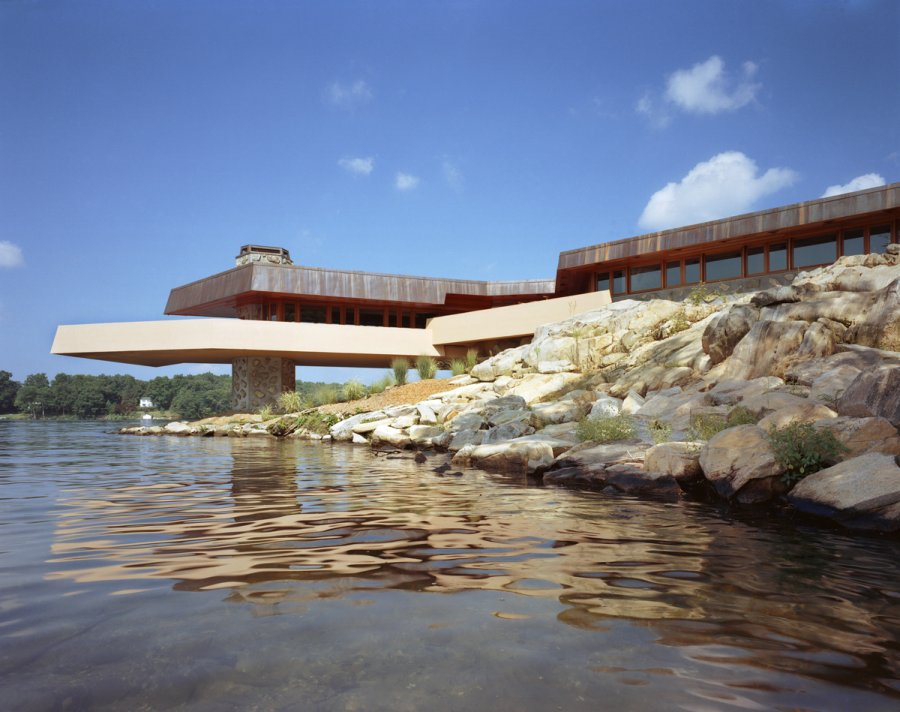 Frank lloyd wright 39 s heart island house for Island home designs