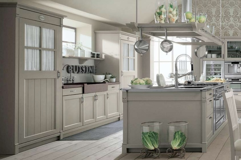 Minacciolo country kitchens with italian style for Country kitchen paint colors