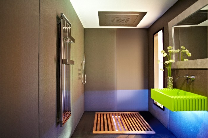 YO! Japanese inspired bathroom