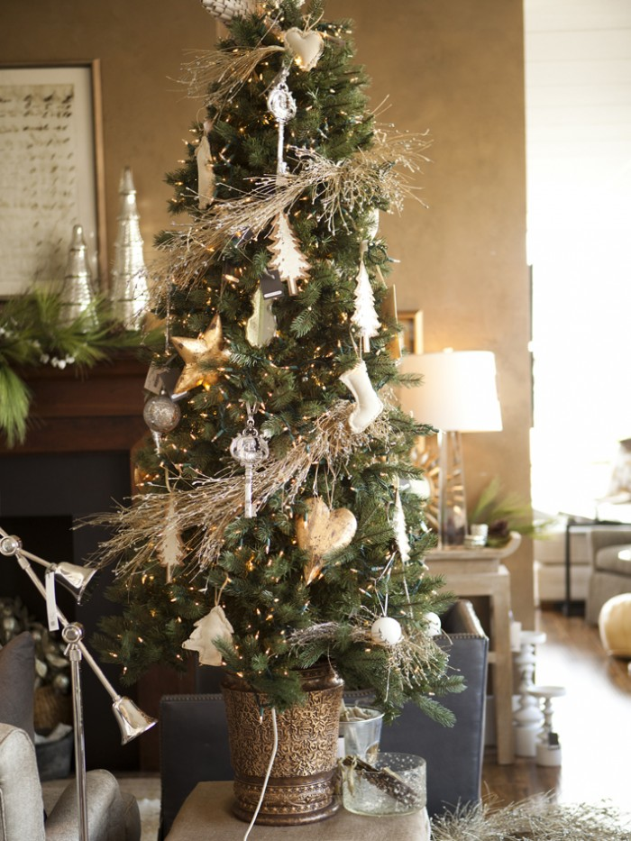 Organic christmas tree for Christmas tree decorations you can make at home