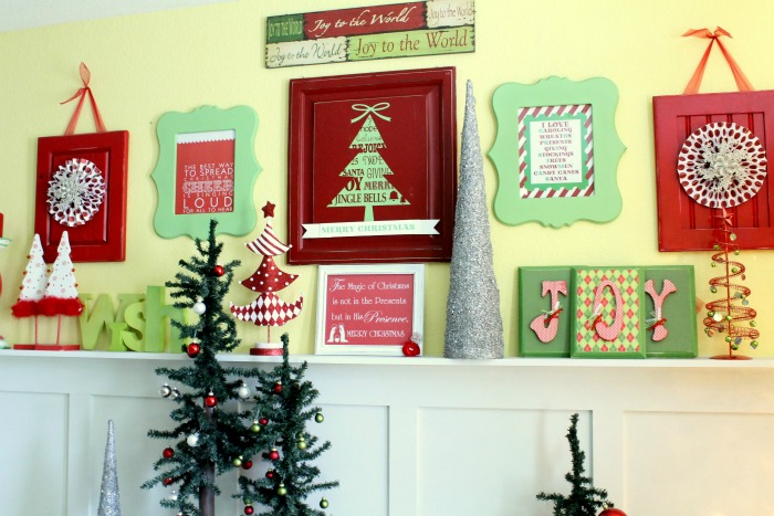 retro christmas mantel decor