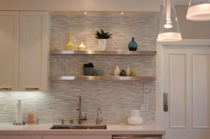 white horizontal tile backsplash