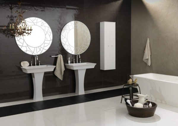 Bruna Rapisarda- art deco symmetrical bathroom with tub