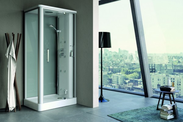 Danelon Meroni huge bathroom with urban views