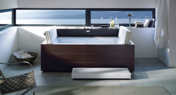 Duravit- Moden wood clad bath tub with nautical views