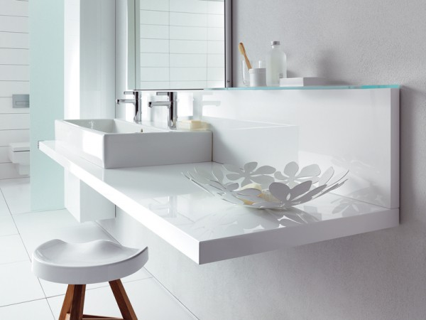 Duravit modern white accessorized bathroom