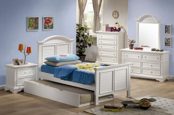 blue and white boys room dresser and chest