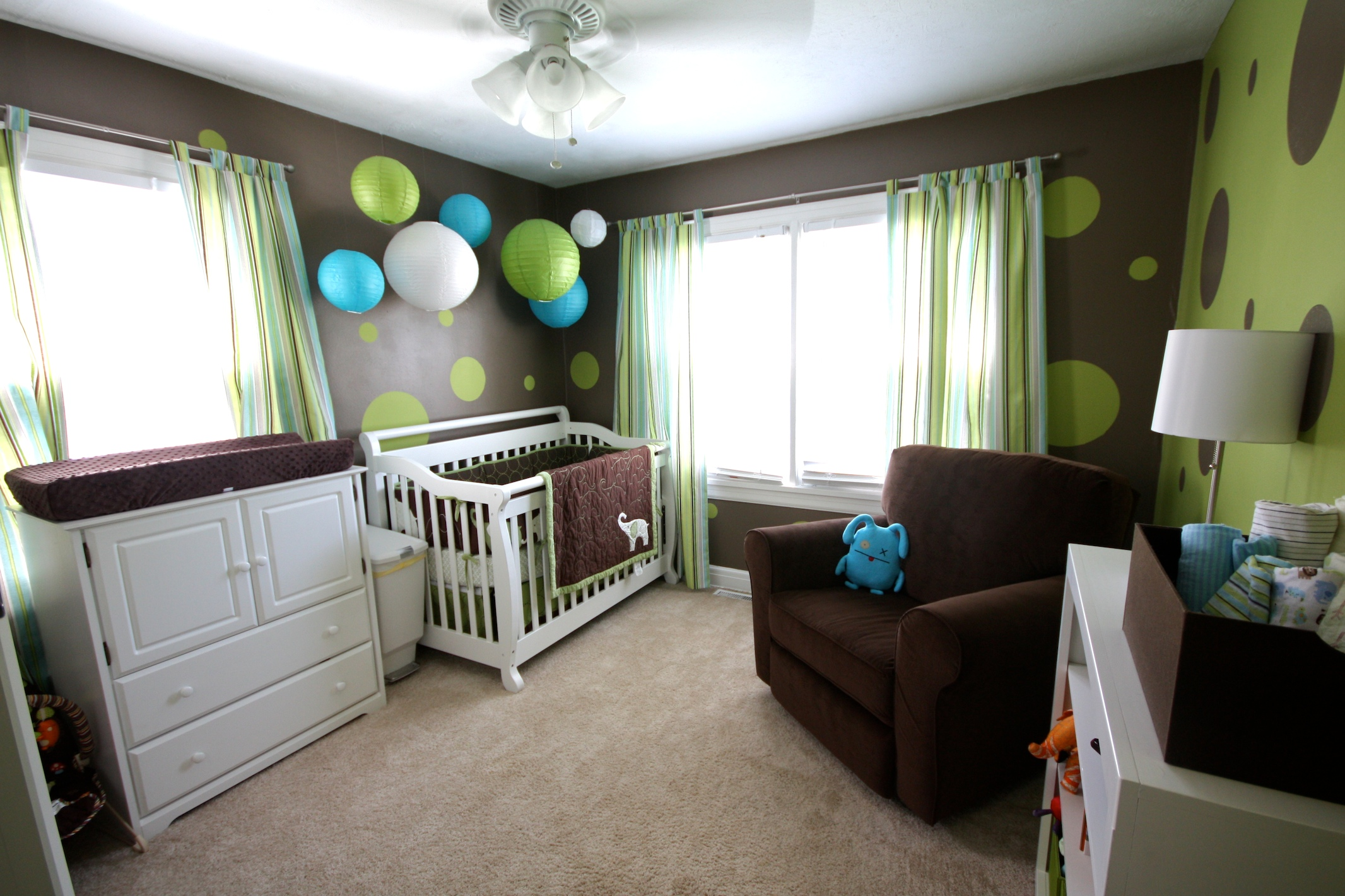 http://www.home-designing.com/wp-content/uploads/2013/03/lime-green-and-chocolate-baby-boys-nursery.jpeg