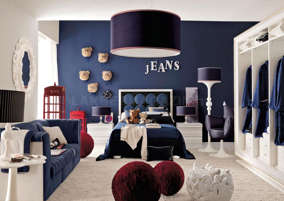 http://www.home-designing.com/wp-content/uploads/2013/03/red-white-and-blue-denim-themed-boys-room.jpeg