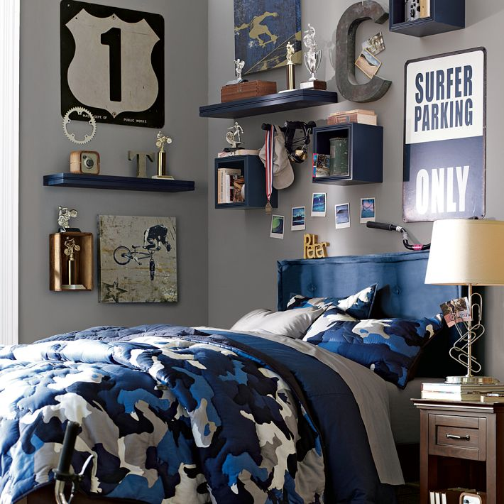 http://www.home-designing.com/wp-content/uploads/2013/03/street-theme-blue-and-grey-bedroom.jpeg