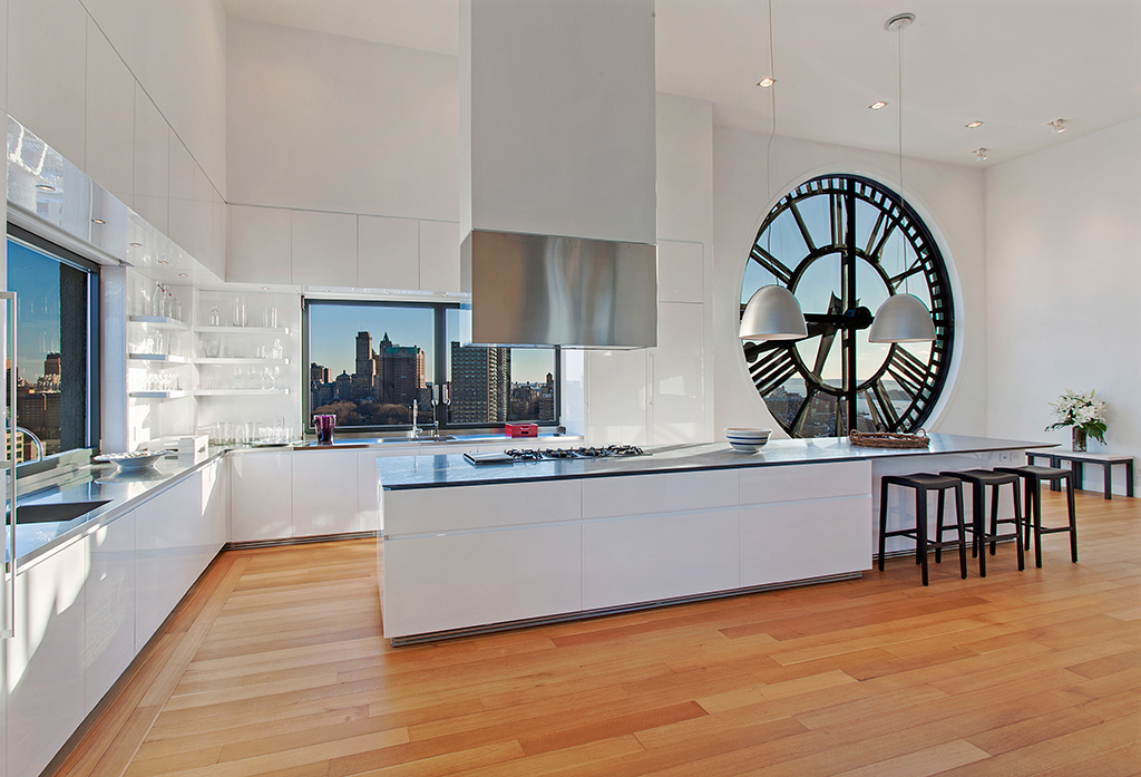 Clock Tower Triplex Apartment In New York V Consultancy