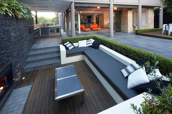 Outdoor Living with Sunken Lounge- views to main living quarters