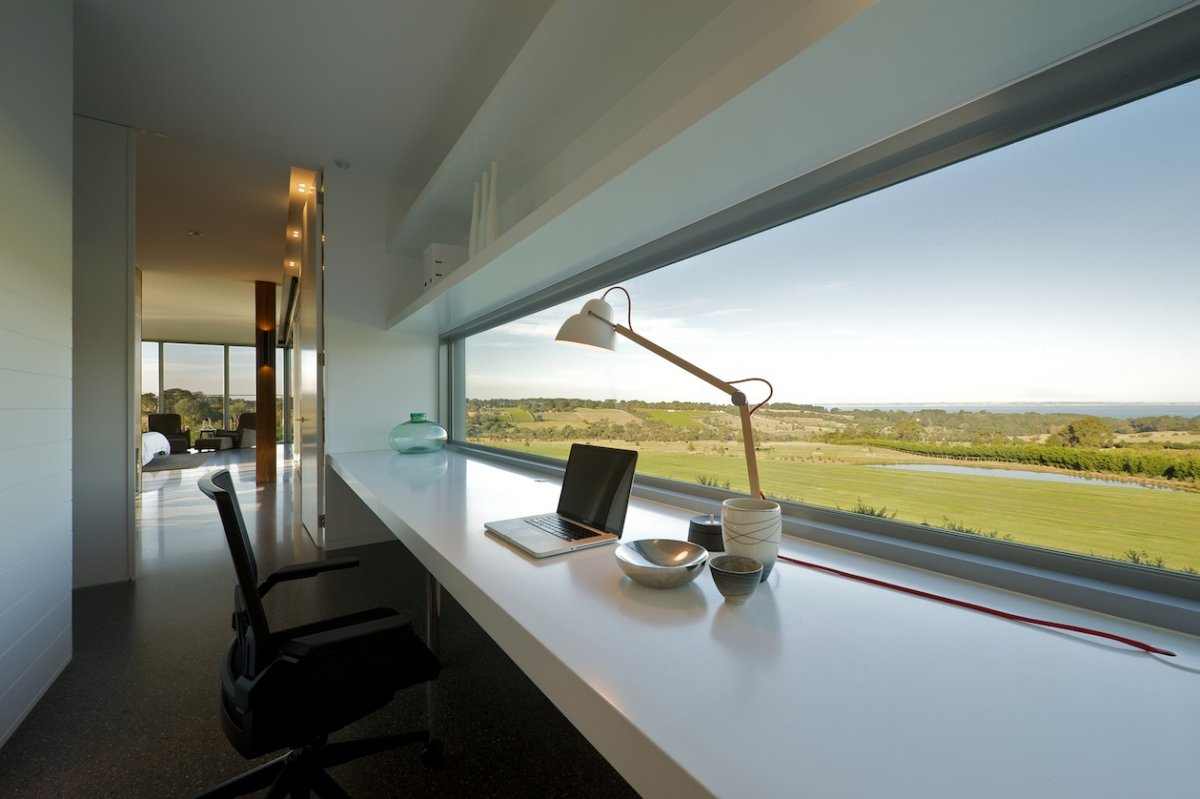 Workspaces with views that wow for Modern house office
