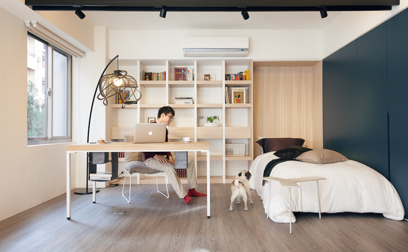 Small But Airy Taiwan Apartment Bedrooms Apartments And Spaces - Bedroom office design