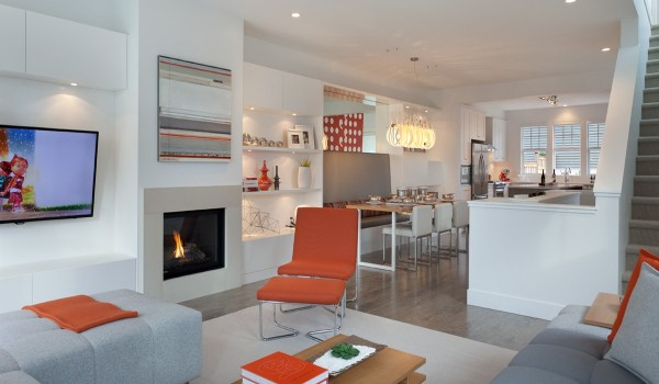 fun modern interior 600x350 - Colorful Interiors