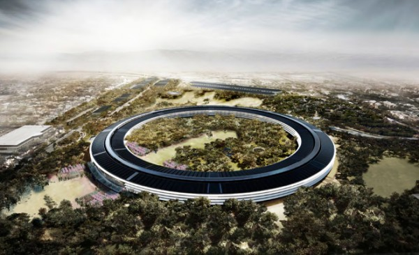 It will house 13,000 employees during their working day and is set to revolutionise the way the groundbreaking company runs it's operations; all this whilst sticking to an eco-friendly outlook with its implementation of green technology and renewable energy, courtesy of Apple's natural gas facility with a back-up electricity grid.