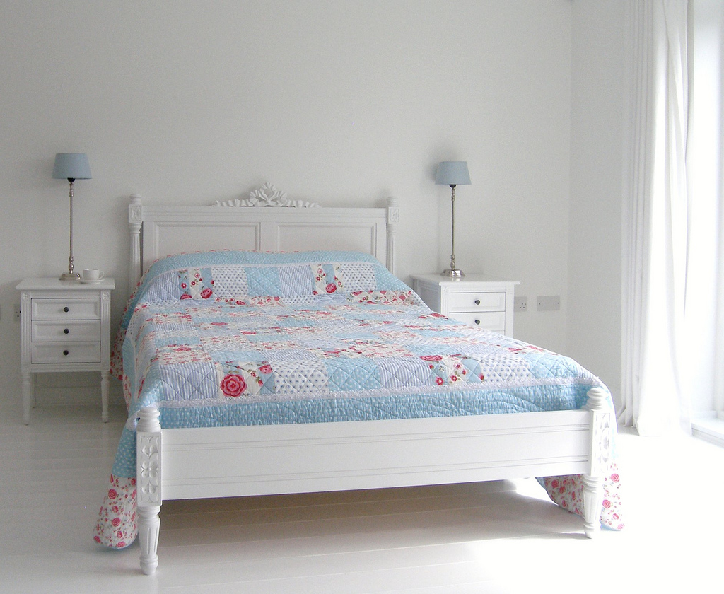 Decorating in White: Gorgeous White Interior Design ...