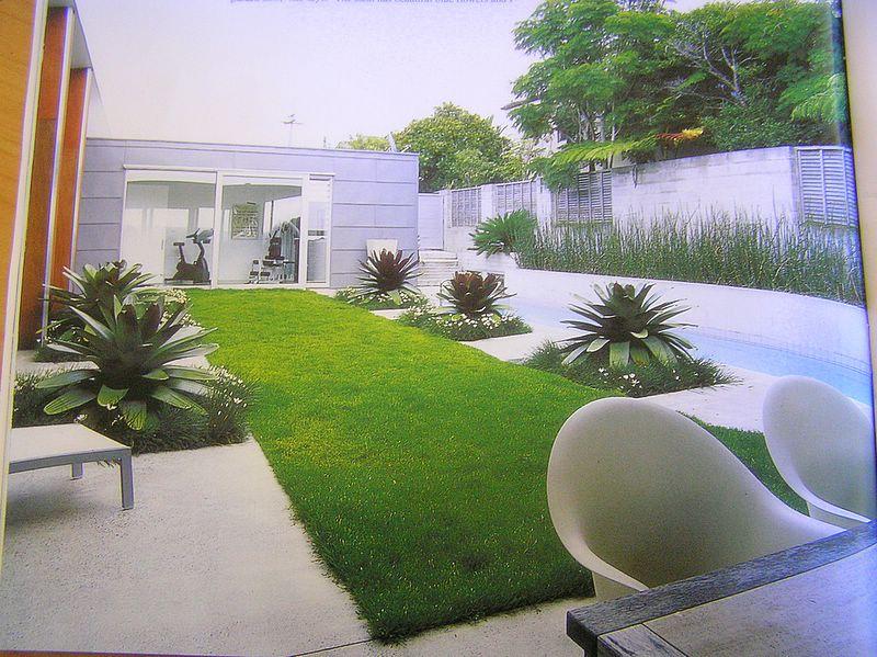 Backyard Designs on Long Narrow Backyard Landscaping Ideas id=44719